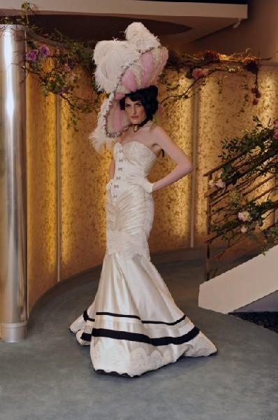 Suknie ślubne Inspirowane Dawną Epoką 2