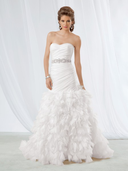 Wyjątkowo Piękne  Suknie ślubne 2013 3